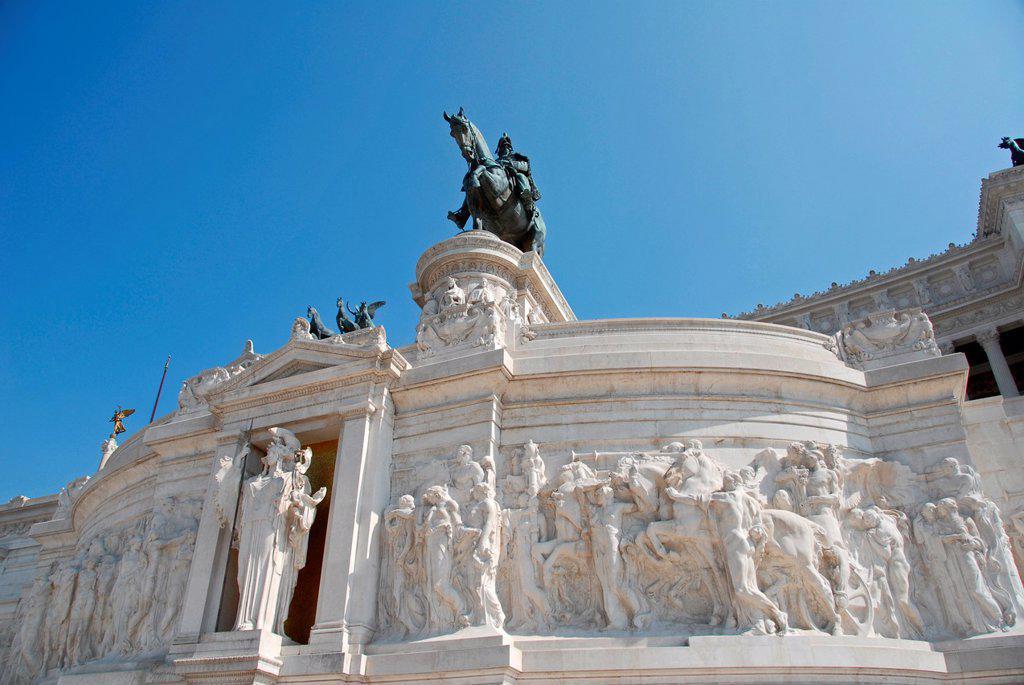 Altare della Patria, Monumento Nazionale a Vittorio Emanuele II, Piazza Venezia, Centro Storico, Rome, Lazio, Italy, Europe : Stock Photo