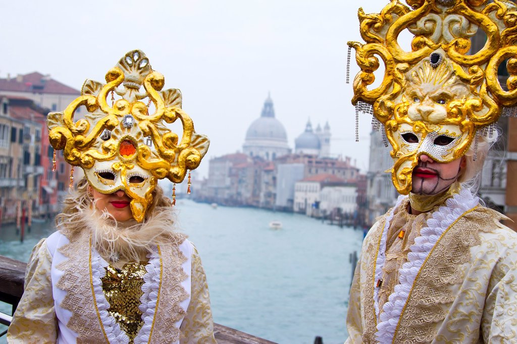 Stock Photo: 1566-1078870 People with mask and fancy dress in carnival  Venice, Italy