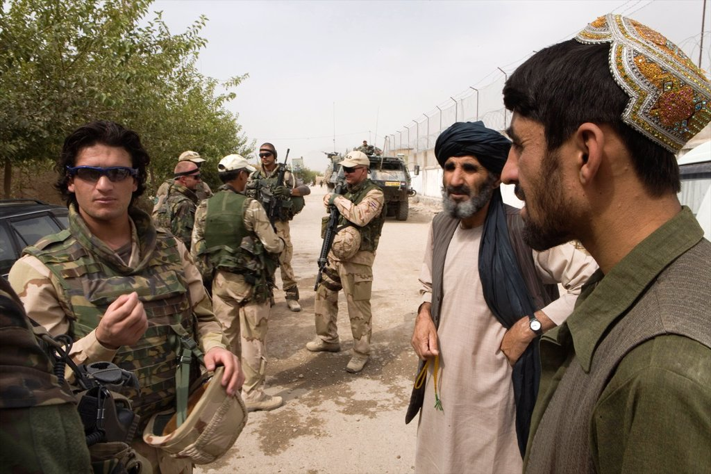 Stock Photo: 1566-1079554 Dutch military in Uruzgan meeting the local authorities