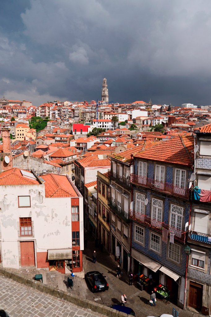 Stock Photo: 1566-1084540 View of Porto, Portugal