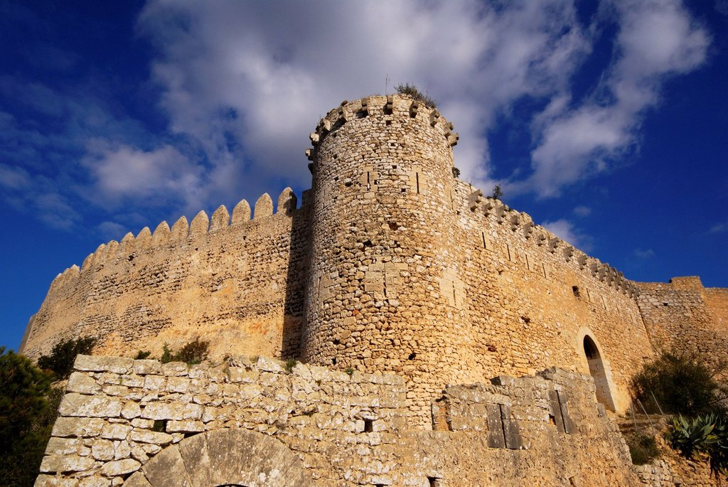 Castle Santueri, fourteenth century. Felanitx, County Migjorn, Majorca, Balearic Islands, Spain : Stock Photo