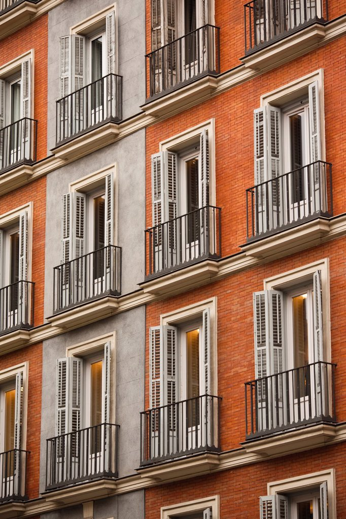 Stock Photo: 1566-1089627 Spain, Madrid, Salamanca Area, Calle de Jose Ortega y Gasset, Madrid´s exclusive shopping street, building detail
