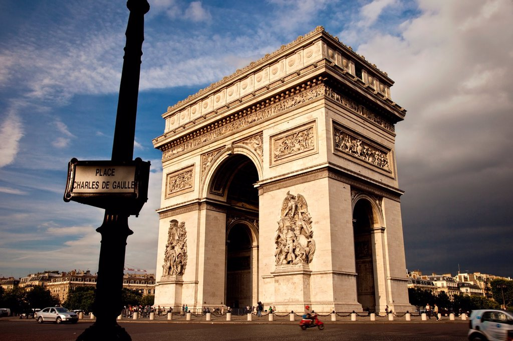 Stock Photo: 1566-1090762 Arc de Triomphe, Paris France