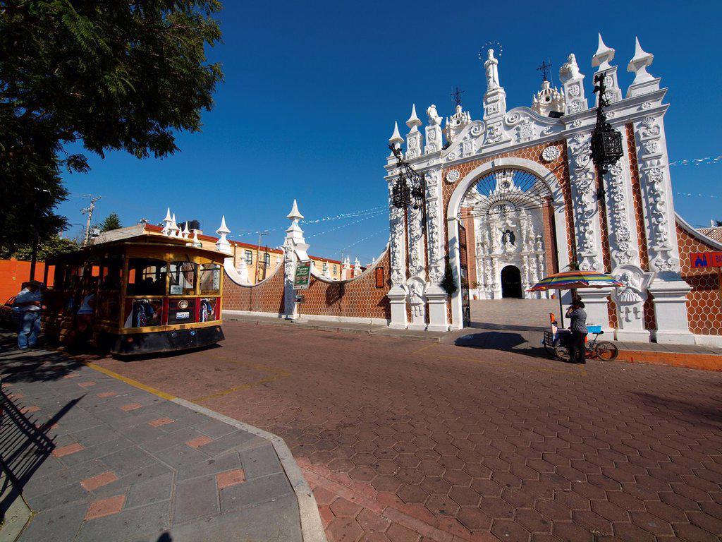Stock Photo: 1566-1095717 Ocotlan church  Tlaxcala  Mexico
