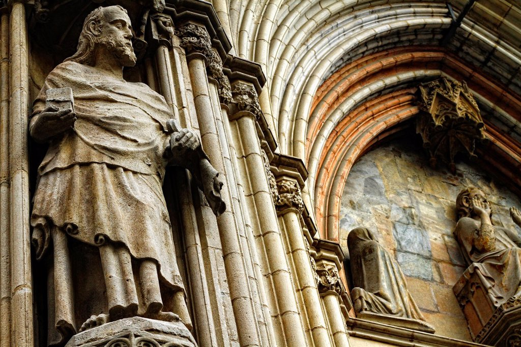 Stock Photo: 1566-1102093 Facade detail, Santa Maria del Mar Cathedral, built between 1329 and 1383, Barcelona, Catalonia, Spain