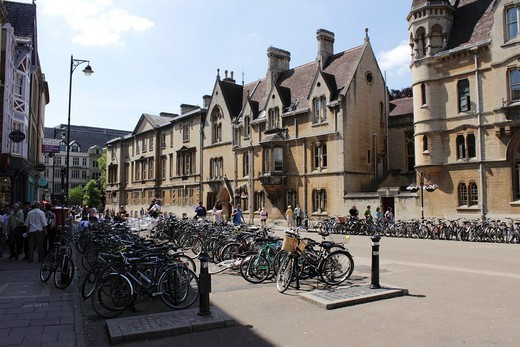 Stock Photo: 1566-1102226 Parked bicycles Broad Street Oxford