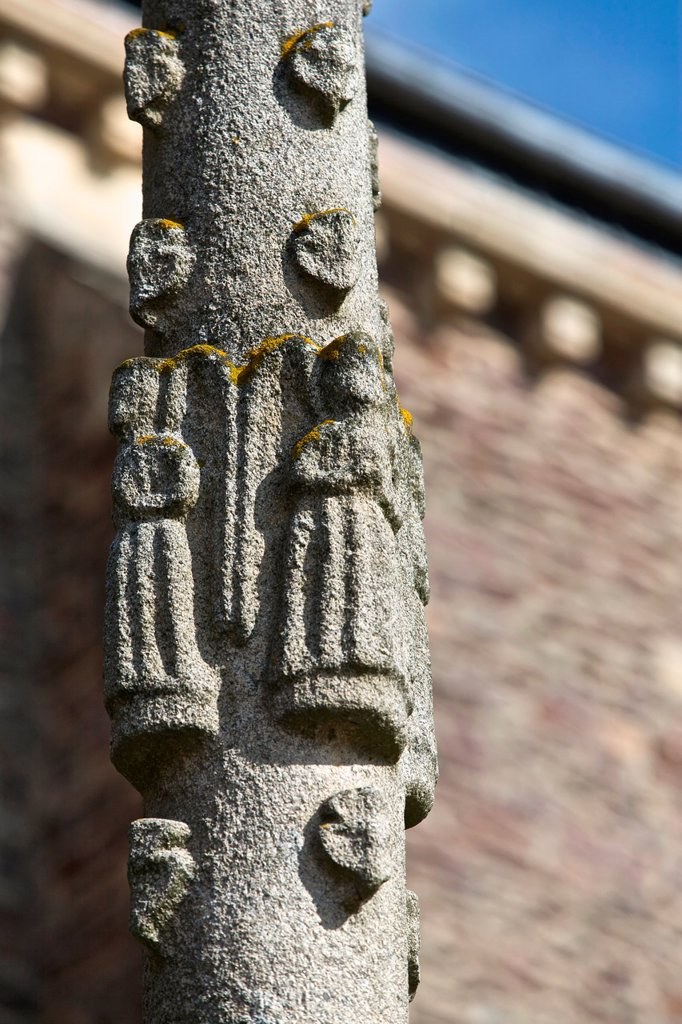 detail of the column of the Calvary Church of Talensac representing angels. According to the legend, Saint-Meen had erected the city of Talensac. Or the ax will fall, Meen will build. broceliande, Ille et Vilaine, Brittany, France : Stock Photo