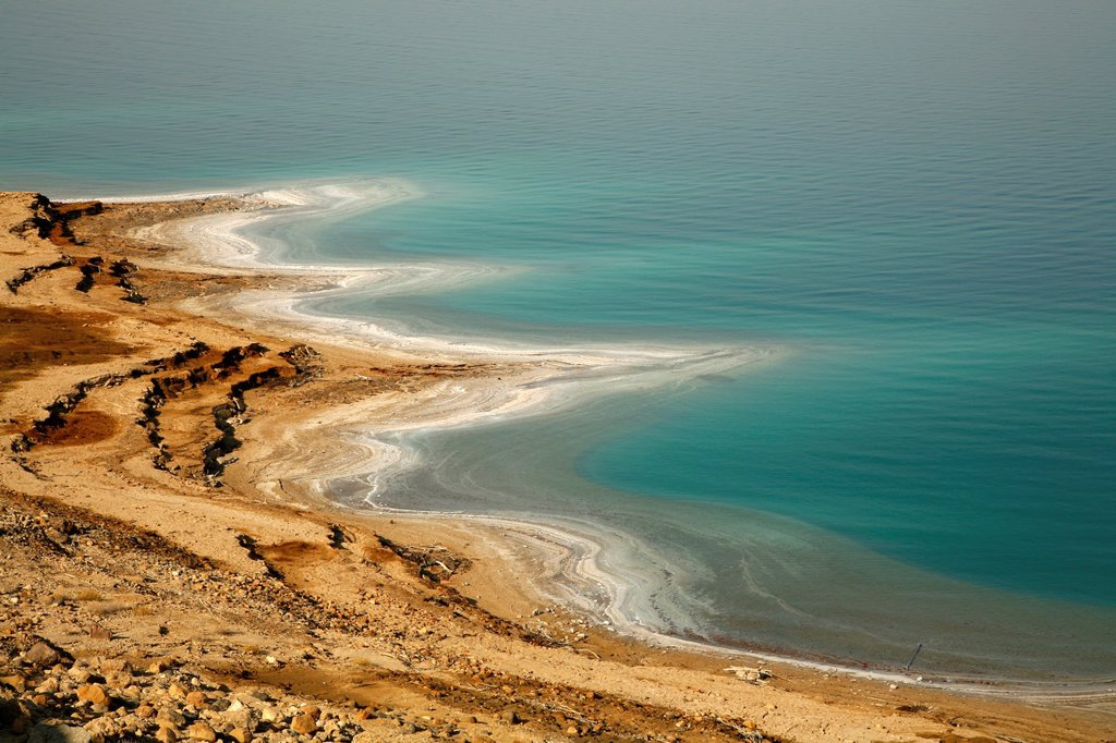 Stock Photo: 1566-1106319 View over the shrinking dead sea, Jordan