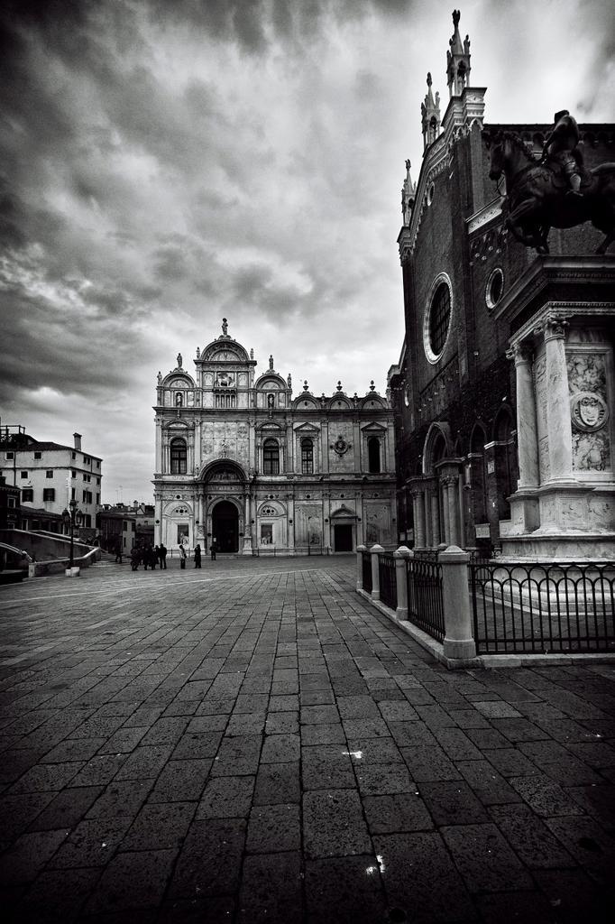 Stock Photo: 1566-1107255 Scuola Grande di San Marco and Statue of Bartolomeo Colleoni, Castello, Venezia, Italia