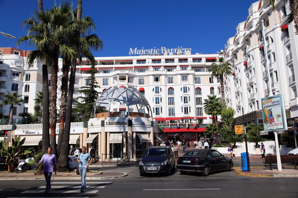 Stock Photo: 1566-1109338 Boulevard de la Croisette, La Croisette, Cannes, Cote d´Azur, Provence, France, Europe