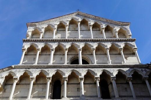 Stock Photo: 1566-1110642 Facade of San Michele in Borgo church, Pisa, Tuscany, Italy