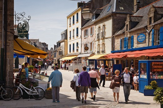 Brittany, France, Shoppers in Concarneau old town, Finistere : Stock Photo