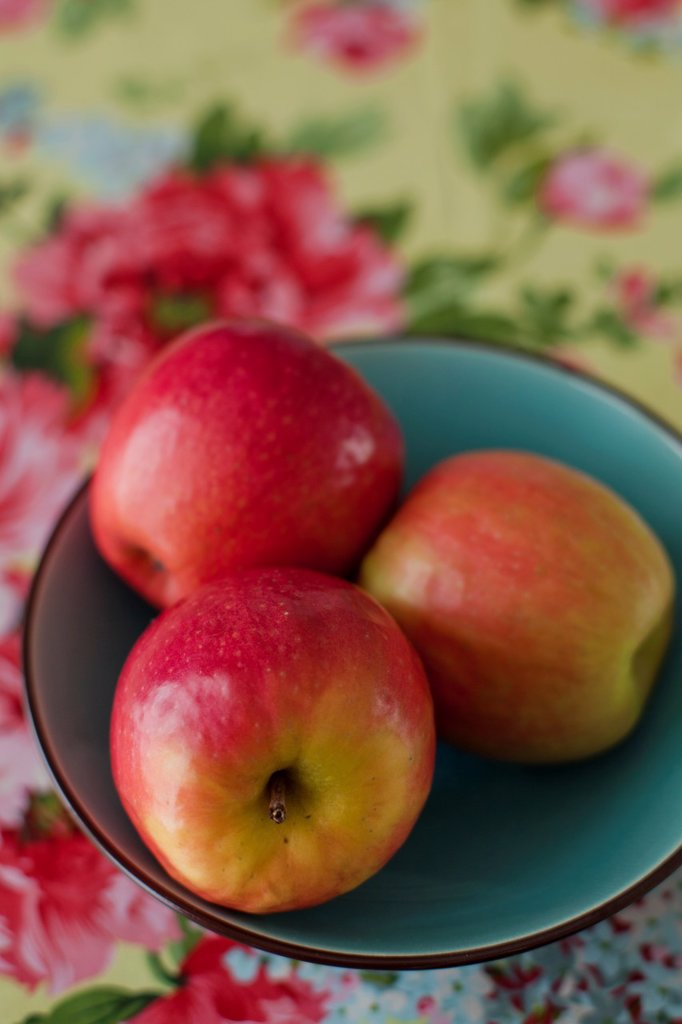 Pink lady apples : Stock Photo