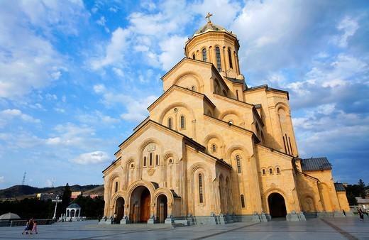 Tsminda Sameba Cathedral, Tbilisi, Georgia : Stock Photo