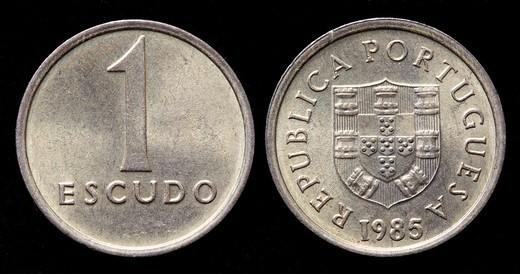 Stock Photo: 1566-1115261 1 Escudo coin, Portugal, 1985