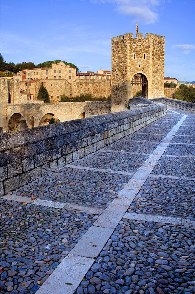 Stock Photo: 1566-1116737 Medieval Bridge -11st Century, Besalú, La Garrotxa, Girona, Spain