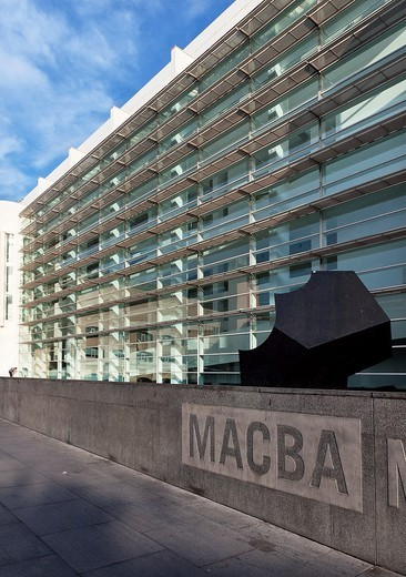 Barcelona Museum of Contemporary Art (MACBA), Barcelona, Catalonia, Spain : Stock Photo
