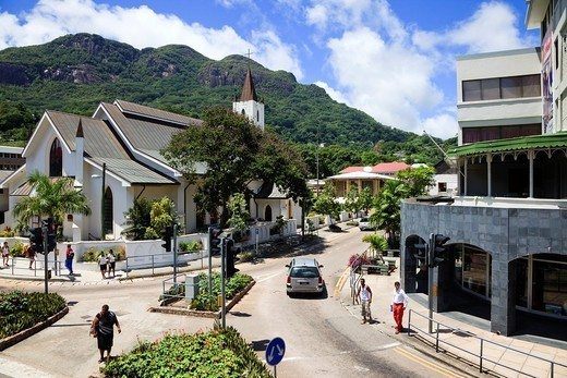 St Pauls Cathedral on 5th June Avenue at its junction with Revolution Avenue, Victoria, Mahe Island, Seychelles : Stock Photo