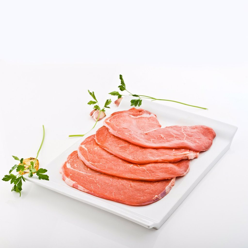 Stock Photo: 1566-1123089 Four veal steaks