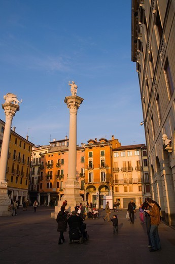 Stock Photo: 1566-1123479 Columns with Lion of St Mark and Redeemer on top of them Piazza dei Signori square Vicenza the Veneto region northern Italy Europe