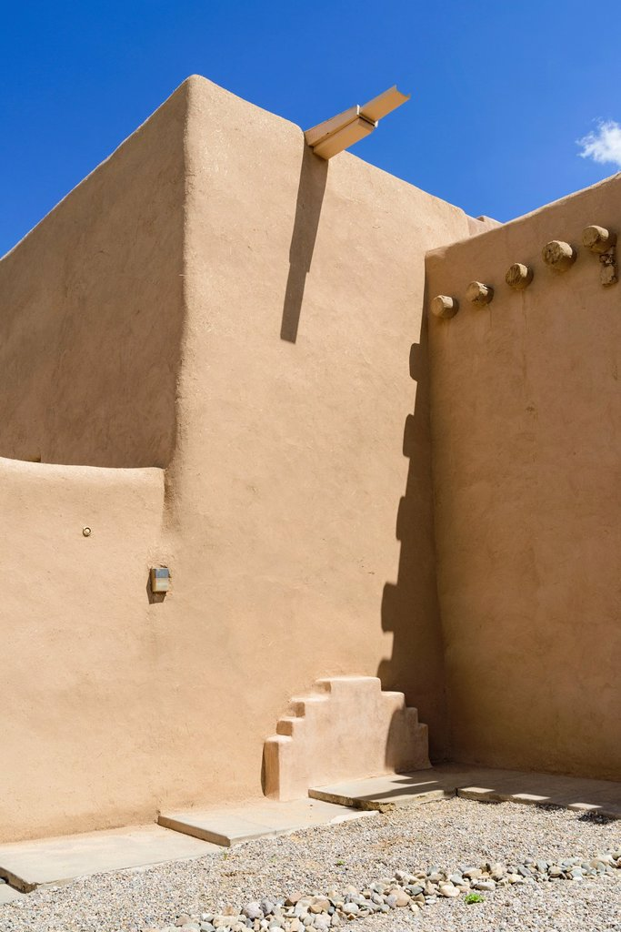 Detail of mission church built in the adobe or Indian pueblo style, Ranchos de Taos, New Mexico, USA : Stock Photo