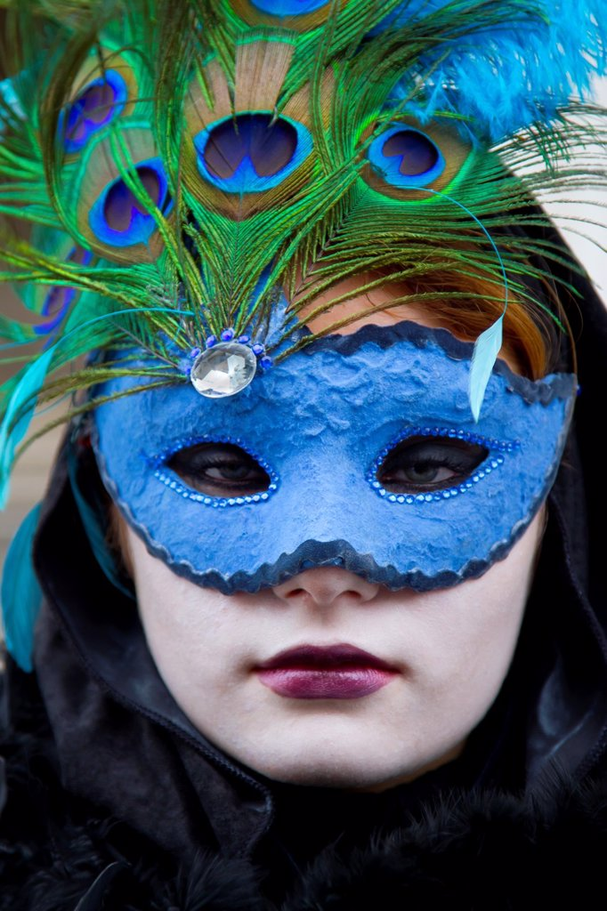 Stock Photo: 1566-1126050 People with mask and fancy dress in carnival  Venice, Italy