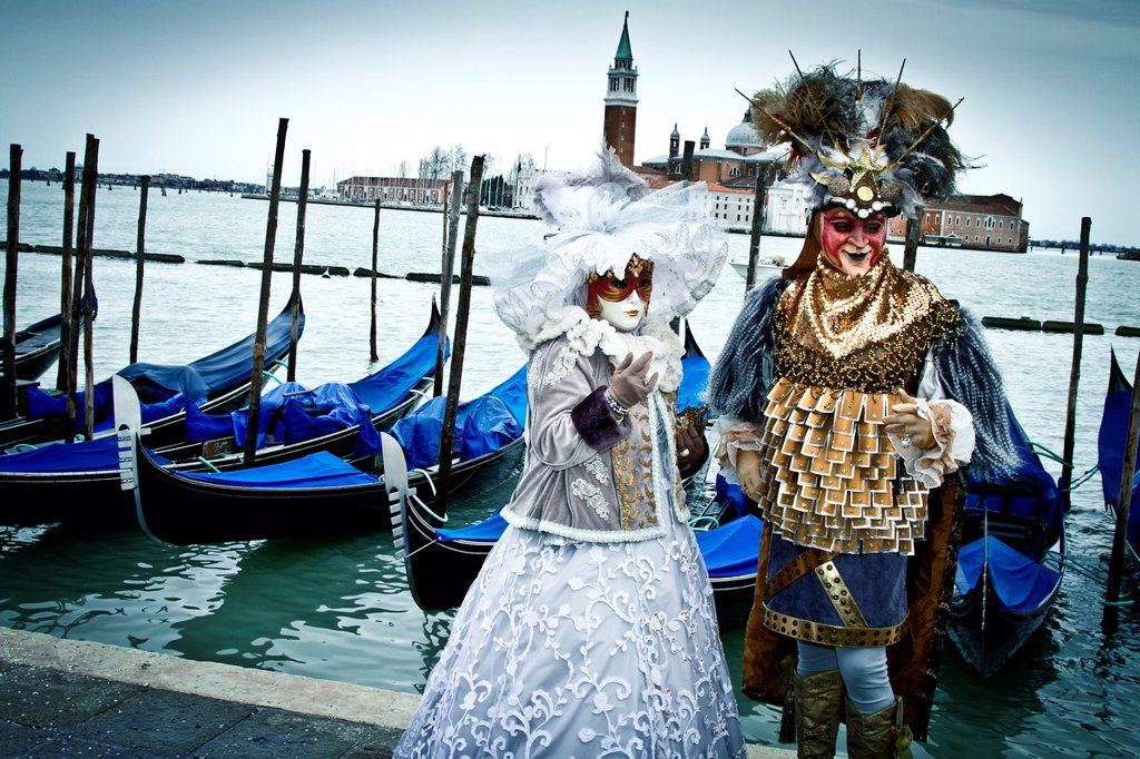 People with mask and fancy dress in carnival  Venice, Italy : Stock Photo