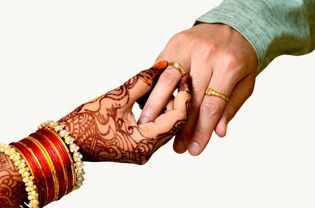 Mehndi Hands Png : Lady with mehendi or henna on her hands exchanging an engagement