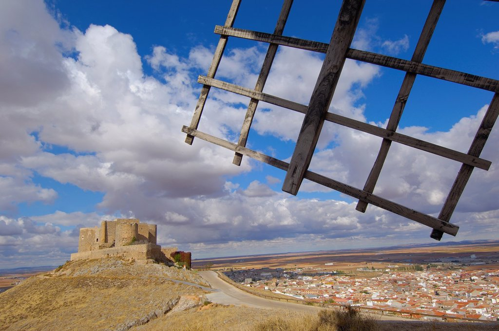 Stock Photo: 1566-1131880 Windmills and Castle of the Knights of St  John of Jerusalem, Consuegra, Toledo province, Route of Don Quixote, Castilla-La Mancha, Spain