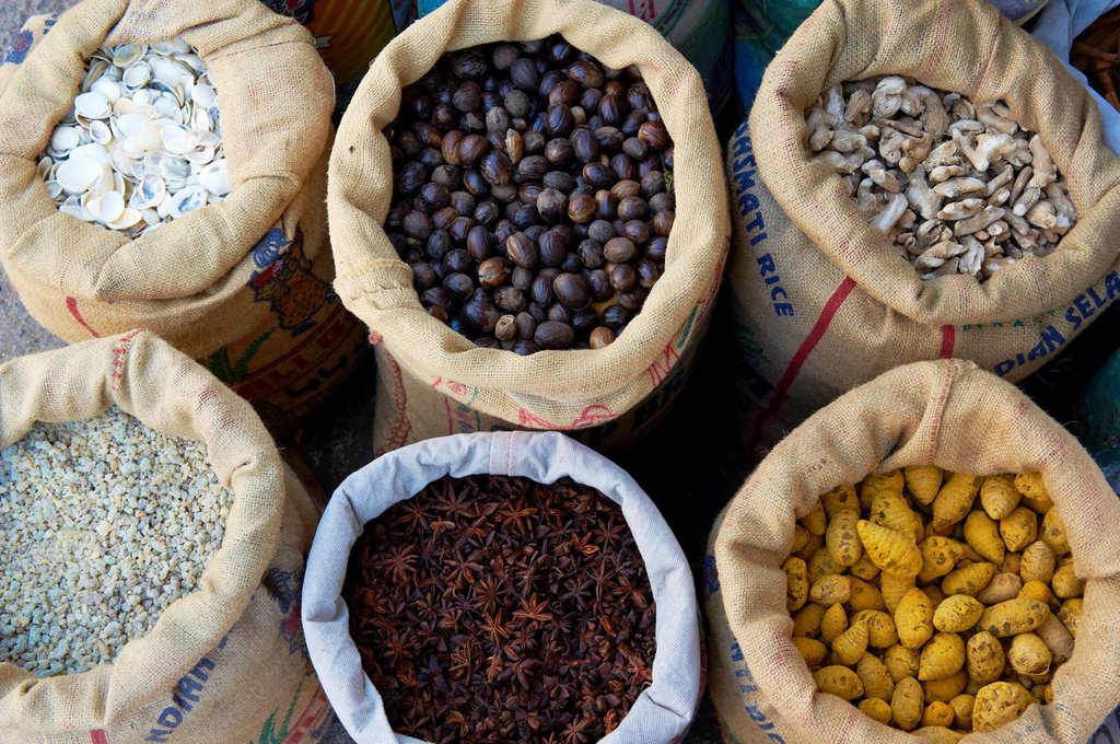 Stock Photo: 1566-1132574 India, Kerala State, Fort cochin or Kochi, spices area