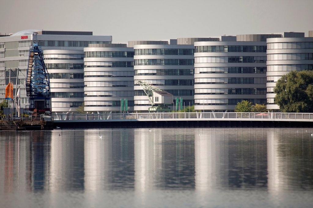 "Five Boats"" office complex, designed by the British architect Nicholas Grimshaw  Duisburg Inner Harbour, Duisburg, North Rhine-Westphalia, Germany, Europe : Stock Photo"