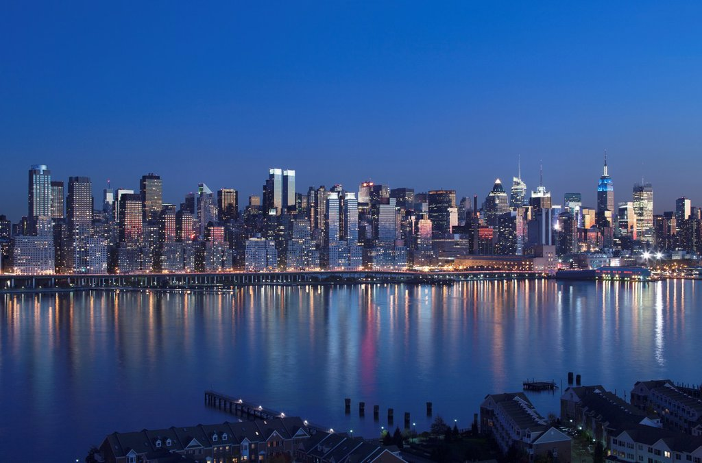 Stock Photo: 1566-1135552 MIDTOWN SKYLINE HUDSON RIVER MANHATTAN NEW YORK CITY USA