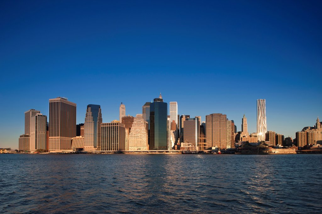 Stock Photo: 1566-1136502 DOWNTOWN SKYLINE EAST RIVER MANHATTAN NEW YORK CITY USA