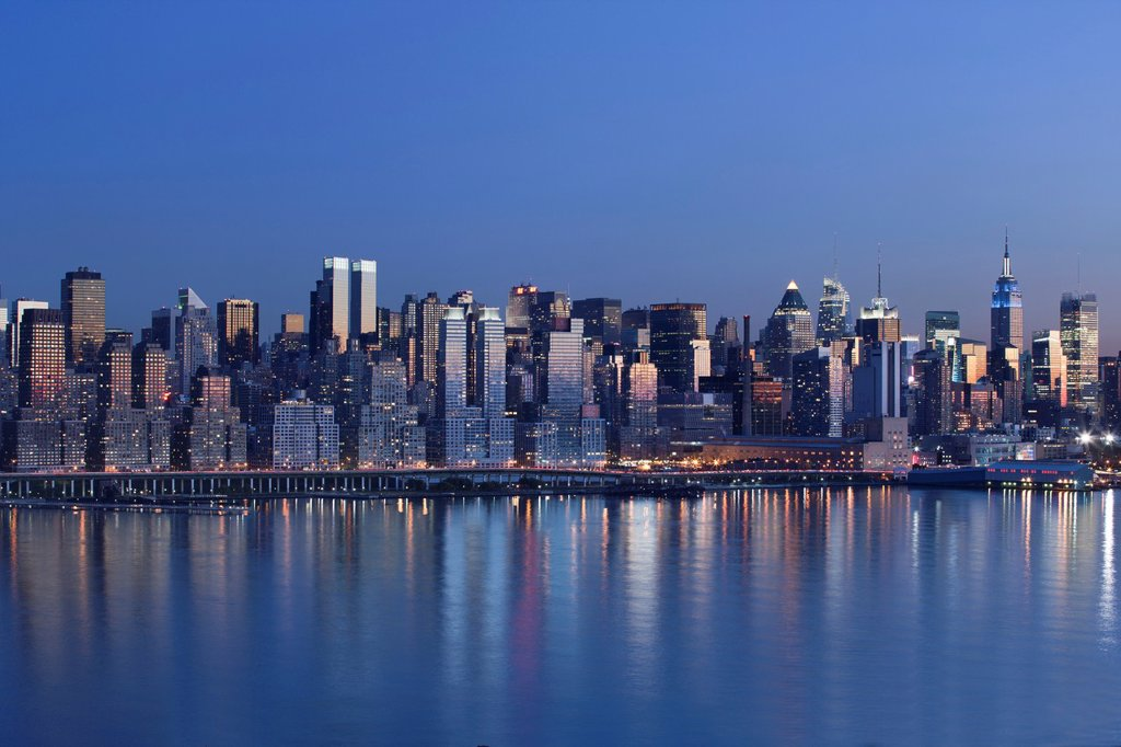 Stock Photo: 1566-1136545 MIDTOWN SKYLINE HUDSON RIVER MANHATTAN NEW YORK CITY USA
