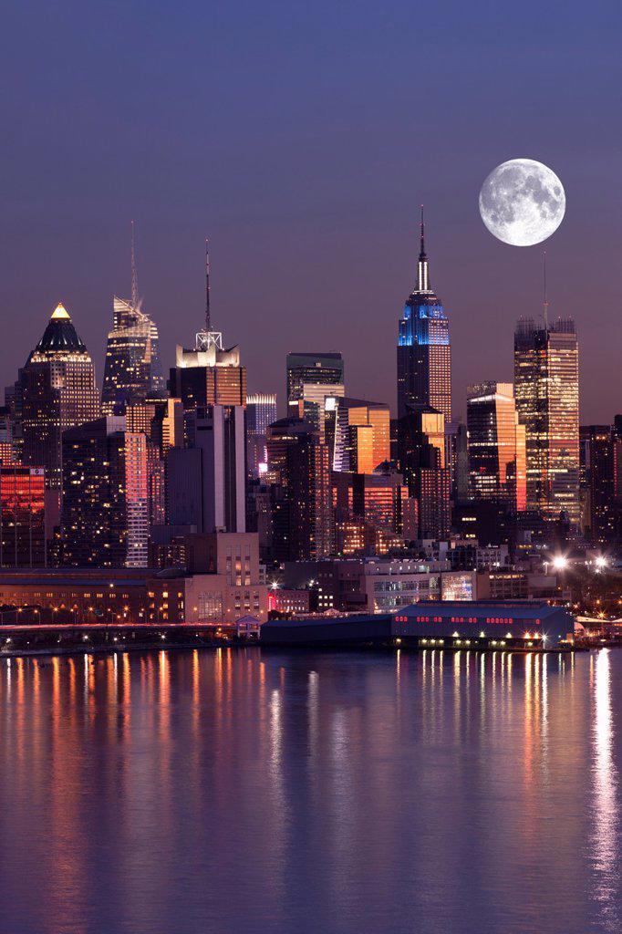 Stock Photo: 1566-1136551 MIDTOWN SKYLINE HUDSON RIVER MANHATTAN NEW YORK CITY USA