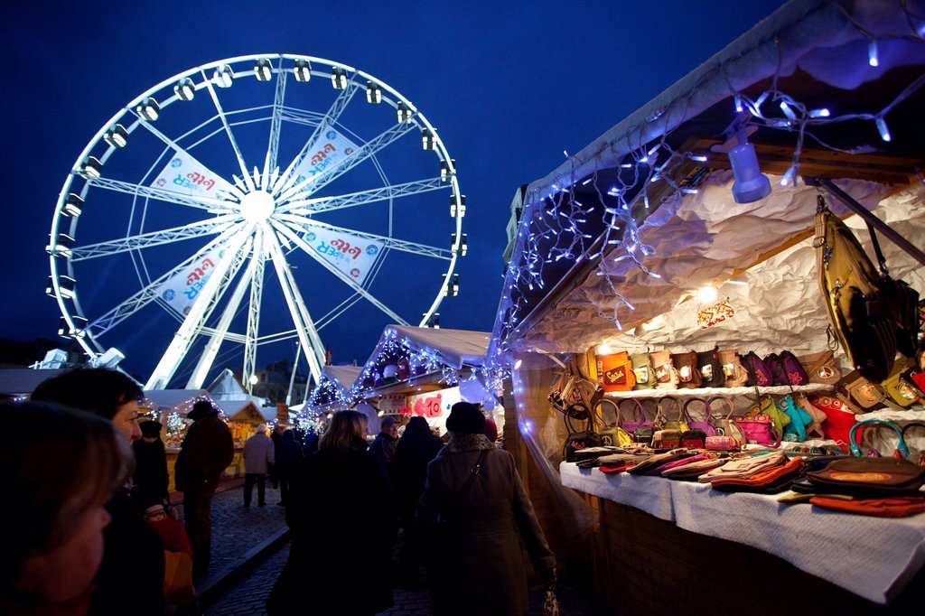 Stock Photo: 1566-1138708 Stand at the Brussels Christmas market