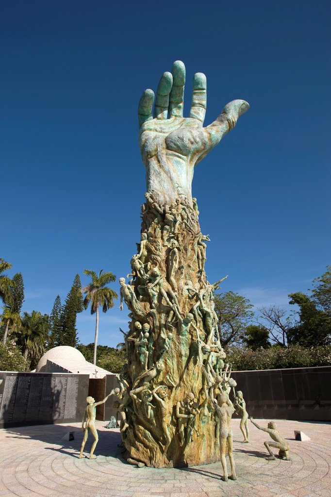 TREISTER HOLOCAUST MEMORIAL SCULPTURE MIAMI BEACH FLORIDA USA : Stock Photo