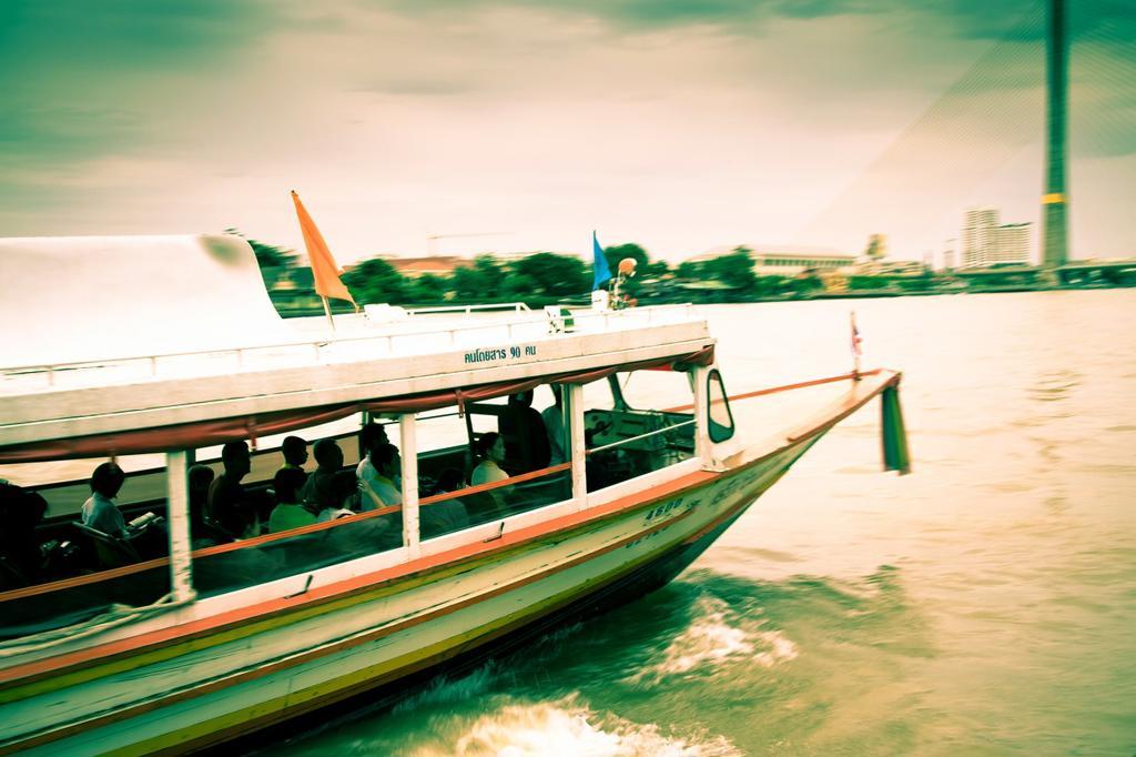 Stock Photo: 1566-1140374 Chao Phraya Express Boat  Chao Phraya river  Bangkok  Thailand