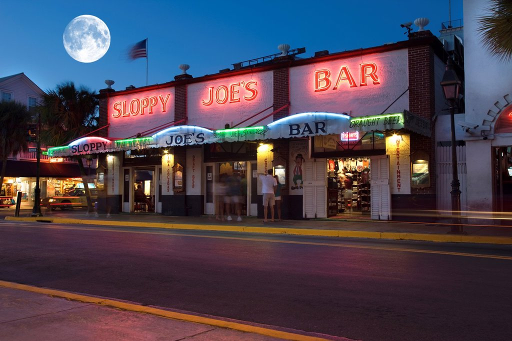 SLOPPY JOES BAR DUVAL STREET OLD TOWN HISTORIC DISTRICT KEY WEST FLORIDA USA : Stock Photo