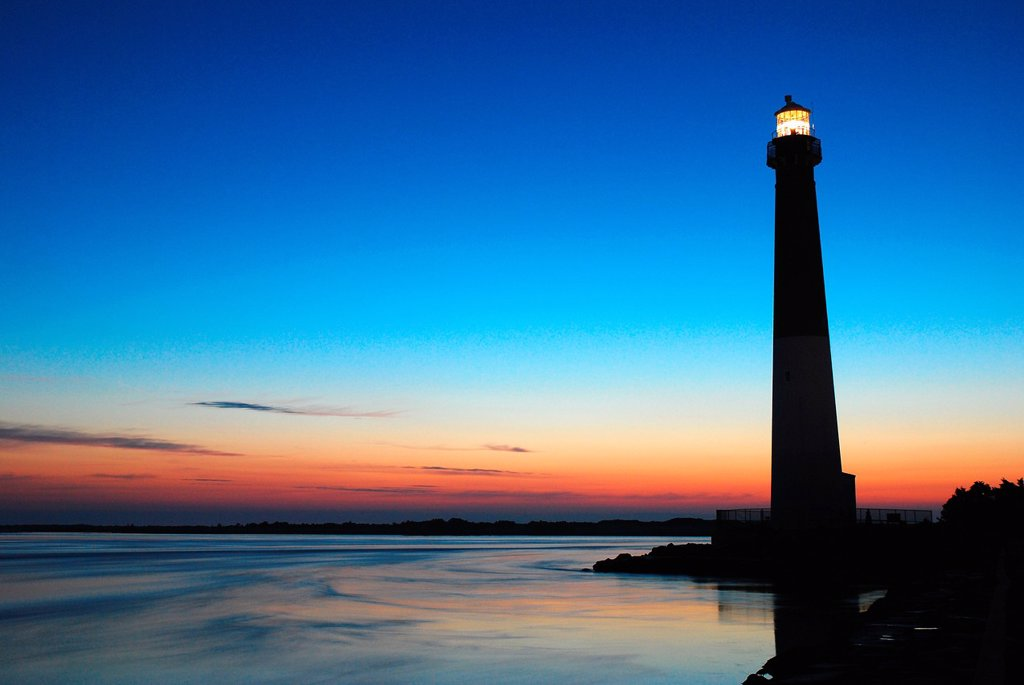 Dawn, Barnegat Lighthouse : Stock Photo