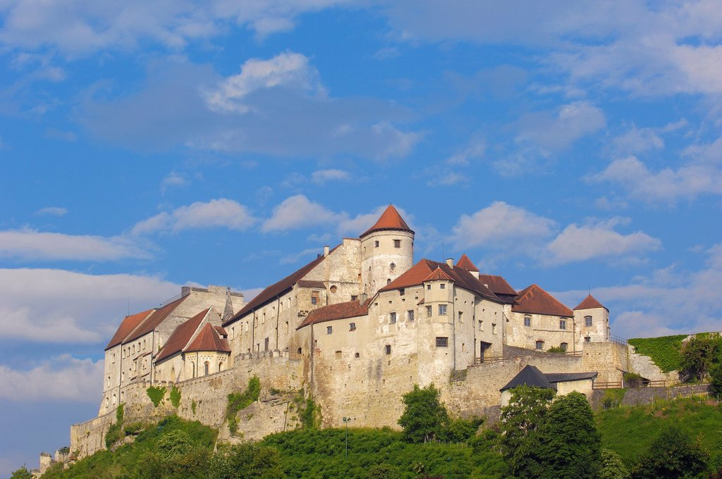 Burghausen, Castle, Upper Bavaria, Altötting district, View from Austria over Salzach River Germany, Bavaria, : Stock Photo