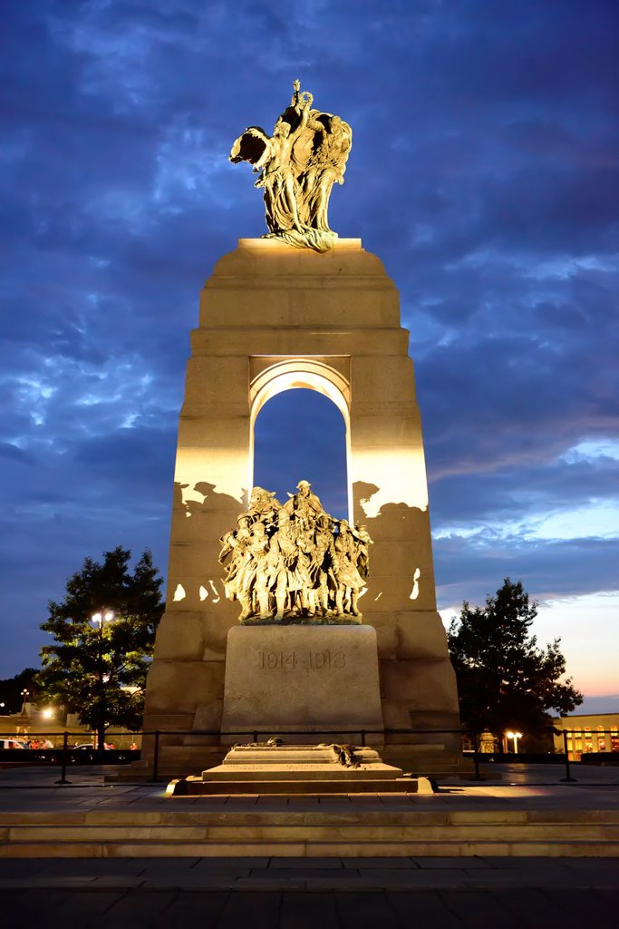 National War Memorial Tomb of Unkonwn Soldier Ottawa Ontario Canada Capital City : Stock Photo