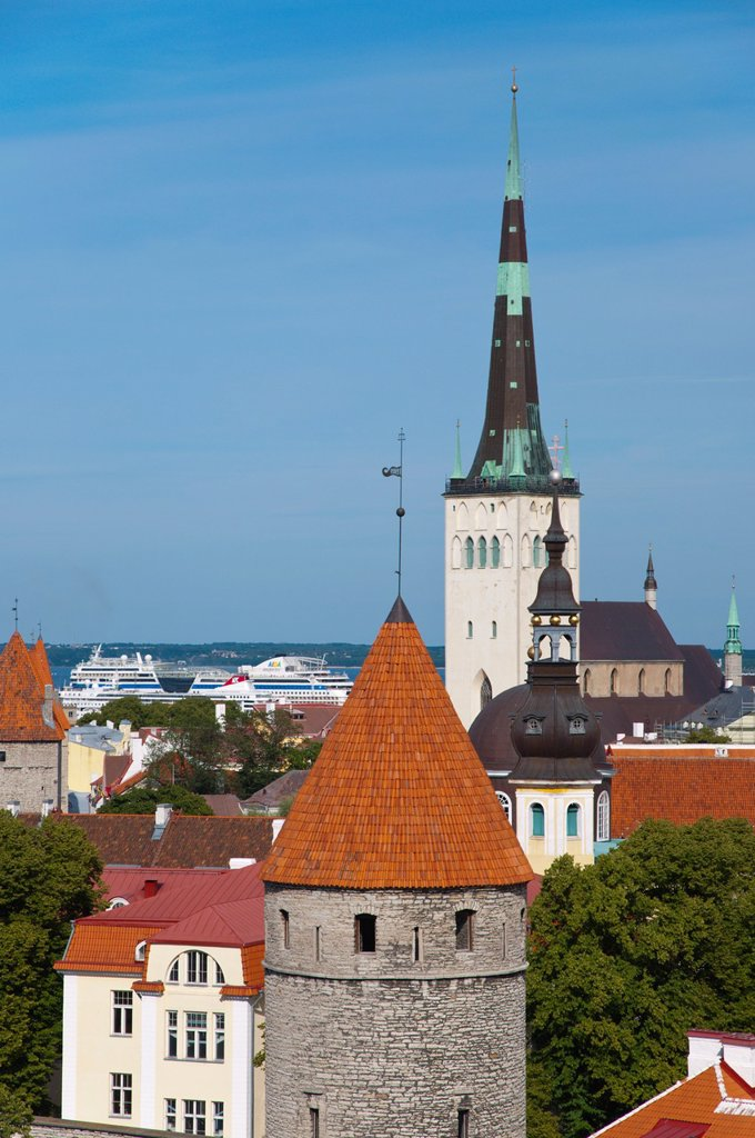Stock Photo: 1566-1146795 View of Vanalinn the old town with Oleviste kirik the St Olav´s church Tallinn Estonia Europe