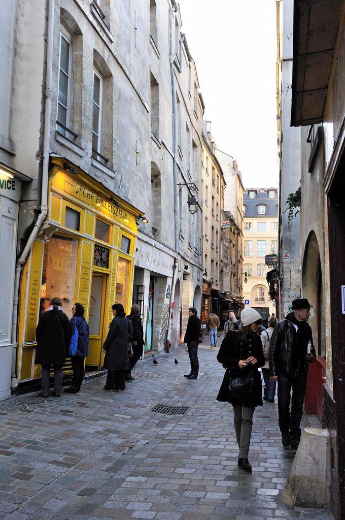 rue des Rosiers in the Marais district, Paris, Ile-de-France region, France, Europe : Stock Photo