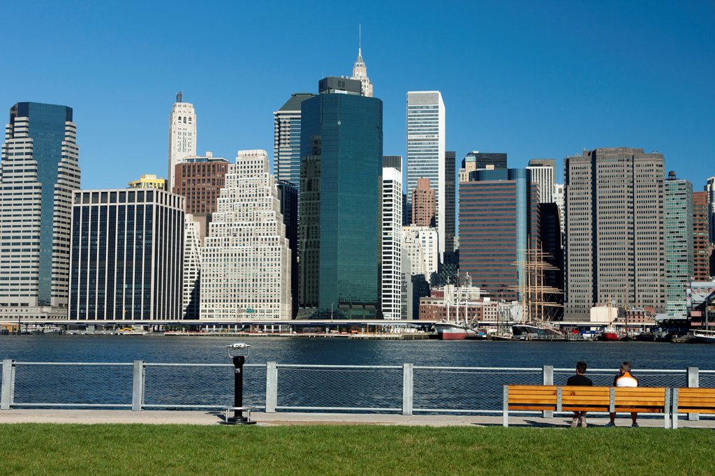 Stock Photo: 1566-1151260 HARBOR VIEW LAWN PIER ONE BROOKLYN  EAST RIVER MANHATTAN NEW YORK CITY USA