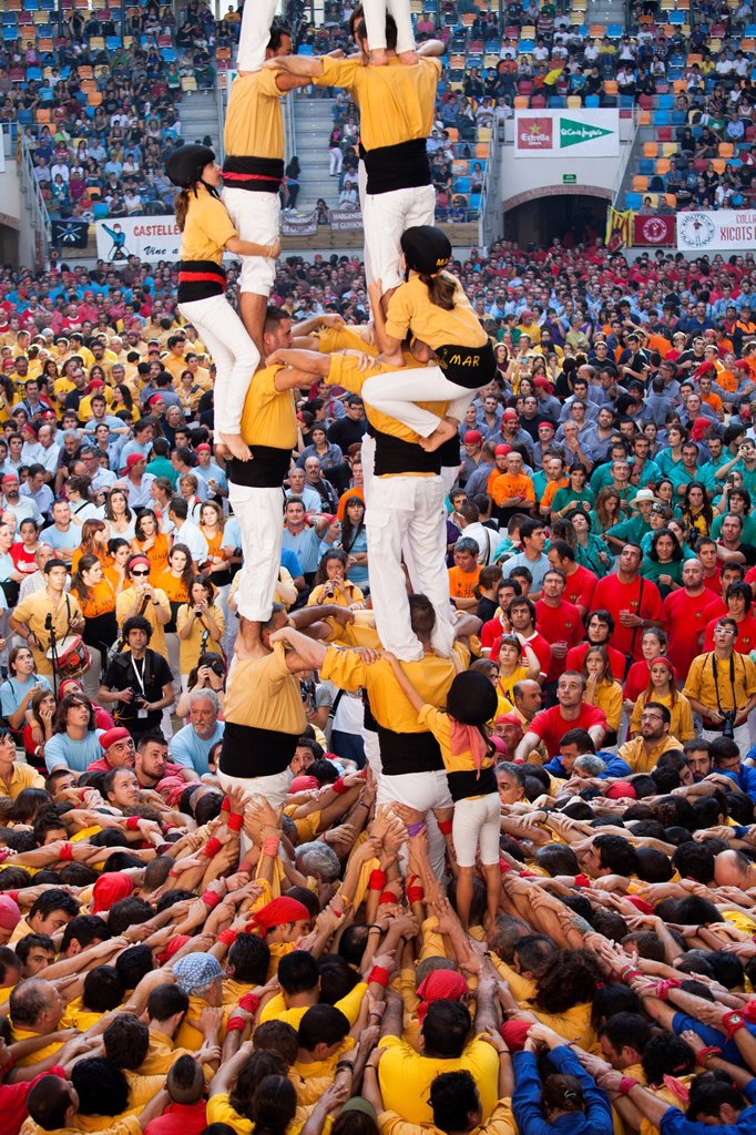 Stock Photo: 1566-1153333 ´Tarragona, Spain, october 6 and 7 2012  Contest XXIV Castellers human towers  The castellers are UNESCO World Heritage ´