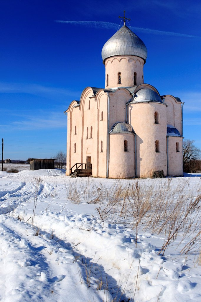 Stock Photo: 1566-1156048 Saviour Church on Nereditsa Hill 1198, Veliky Novgorod, Novgorod region, Russia