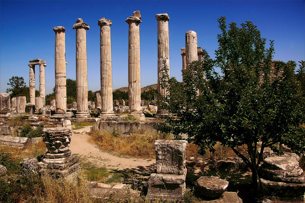 Turkey- Temple of Aphrodite at Aphrodisias Greek: fds, Aphrodisiás was a small city in Caria, on the southwest coast of Asia Minor  Its site is located near the modern village of Geyre, Turkey, about 230 km 140 mi south-east of Izmir and about 100 km 62 m. Turkey- Temple of Aphrodite at Aphrodisias Greek: fds, Aphrodisiás was a small city in Caria, on the southwest coast of Asia Minor  Its site is located near the modern village of Geyre, Turkey, about 230 km 140 mi south-east of Izmir and about : Stock Photo