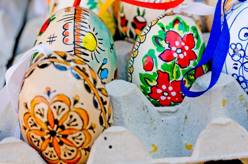 Hand painted Easter eggs in public market  Hand painted, decorated Easter eggs flood the Prague farmers markets before Easter  Eggs are decorated after traditional patterns and styles  Chicken, goose and duck eggs are all found in local open markets  East. Hand painted Easter eggs in public market  Hand painted, decorated Easter eggs flood the Prague farmers markets before Easter  Eggs are decorated after traditional patterns and styles  Chicken, goose and duck eggs are all found in local open m : Stock Photo