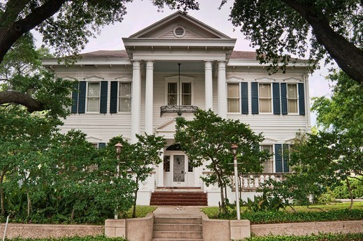O´Connor House, Neoclassical Revival style, historic district near center of Victoria, Texas, USA : Stock Photo